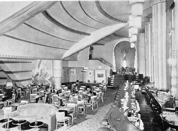 A view of the cocktail lounge in the French Casino, New York