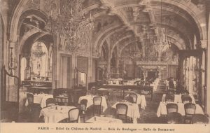 The indoor restaurant at the Chateau de Madrid, 1920s