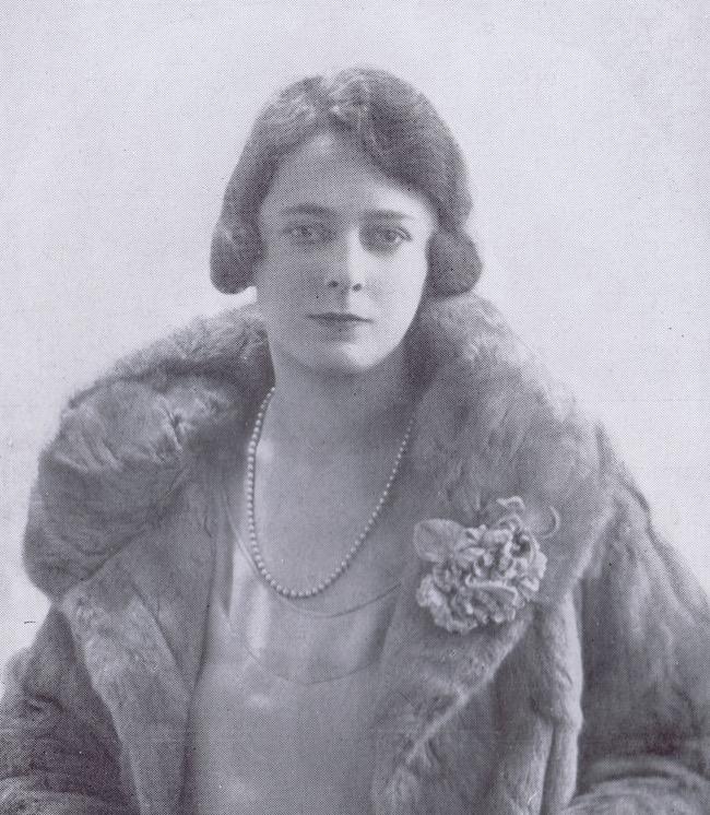 A portrait of Gladys Spencer Curling, 1928