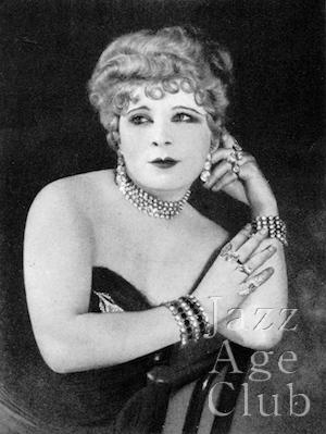 *Mae West DL 1