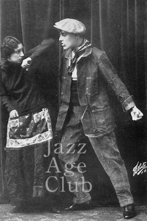 Maurice Mouvet and Florence Walton in a pose from The Apache (1915)
