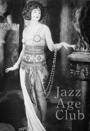 Betty Blythe in a scene from She (1926)