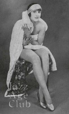 Dora Duby in Paris (1925)