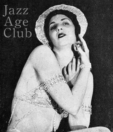 Miss Florence in Paris Qui Remue at the Casino de Paris (1930, Paris)