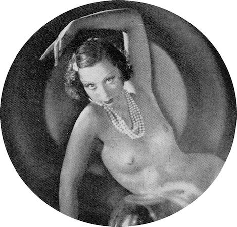 Arabelle in the cabaret show Folies Parisienne, staged in Chicago (1935), Miami (1936) and London (1936)