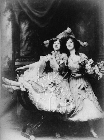 The Dolly Sisters in 1912, USA