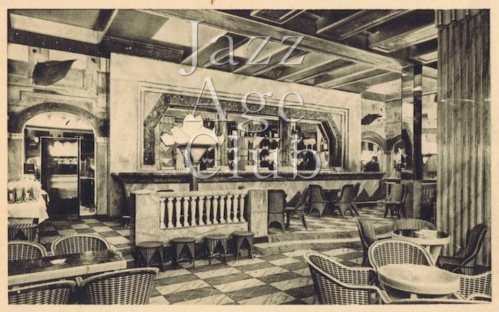 The bar at the Lido, Paris