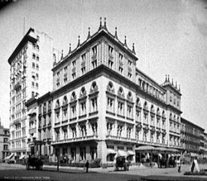 Delmonico's at 44th Street & 5th Ave (c.1897)