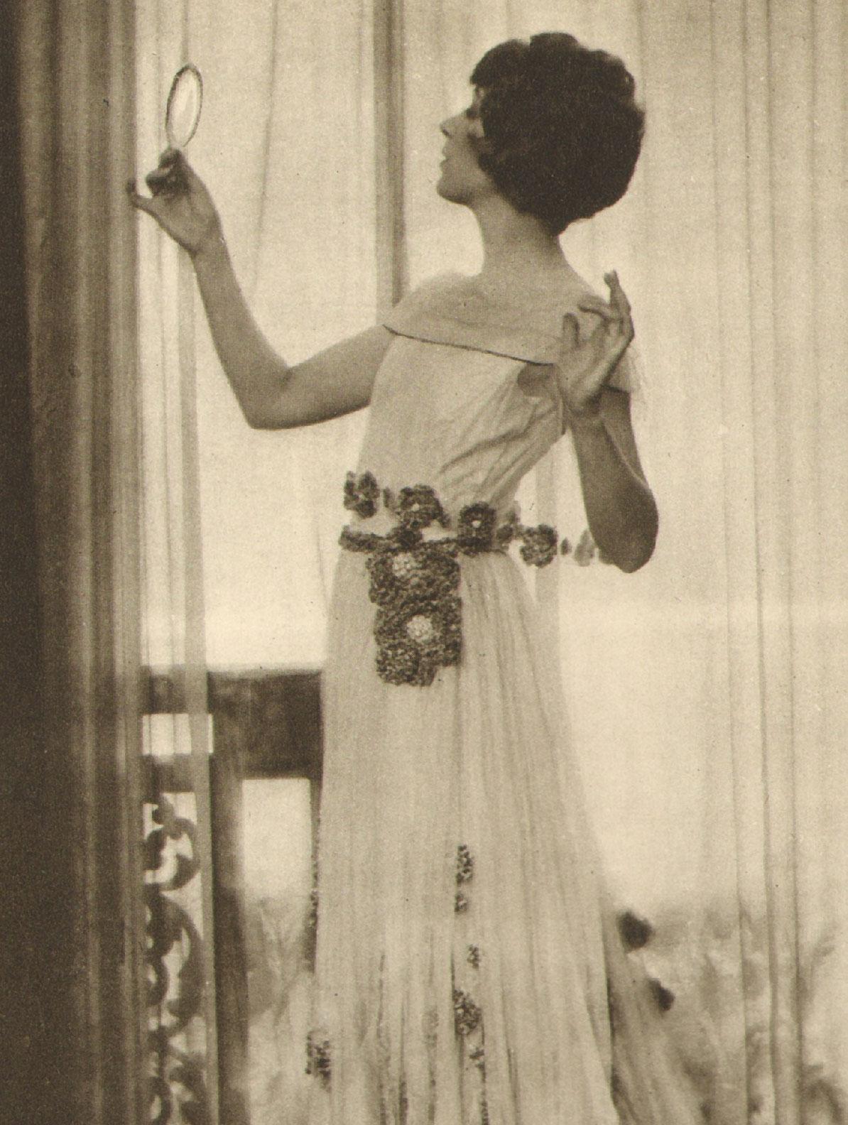 Ina Claire, 1921
