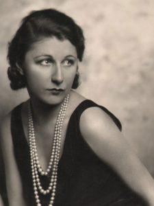 Judith Anderson, 1928